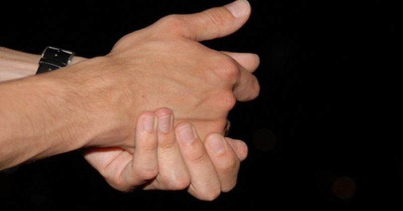 Kesemutan Tangan